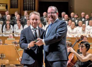 La Fundación Mutua Madrileña es premiada por su compromiso con la cultura y la música clásica