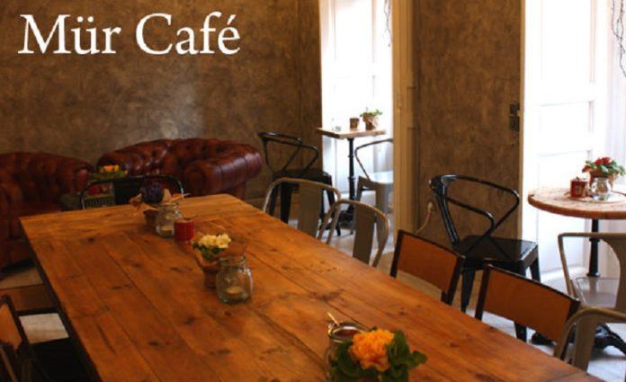 Mür Café en Conde Duque