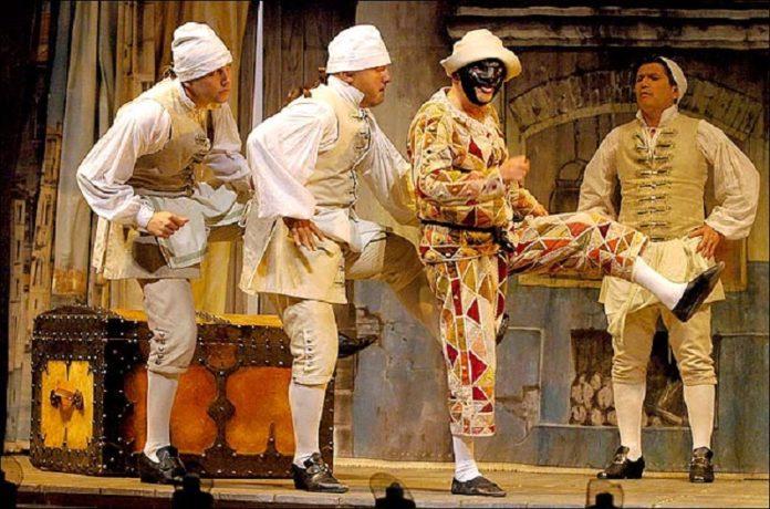 Arlecchino de Goldoni en el Teatro de la Comedia