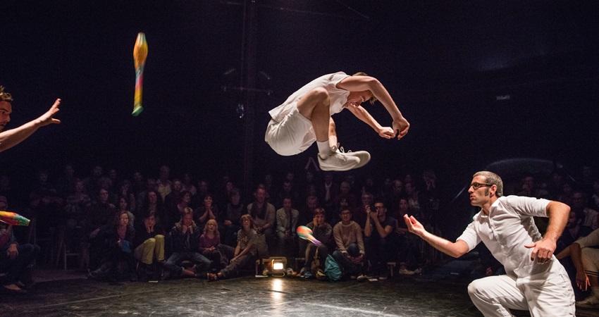 Myres en el Teatro Circo Price