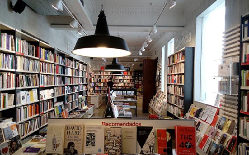 librerias abren el lunes