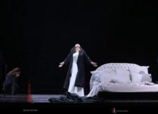 la traviata sin abrazos