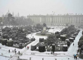 palacio real madrid nieve
