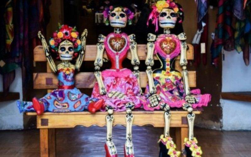 dia de muertos casa de mexico